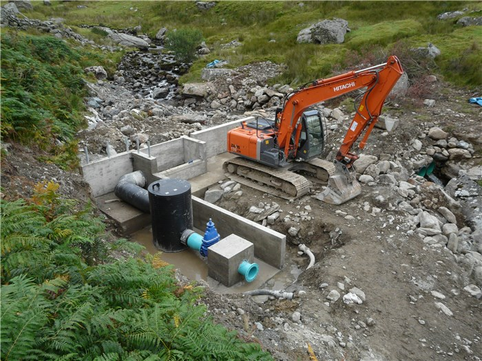 The Tank and pipework are installed and the anchor block cast 22 Aug 2015