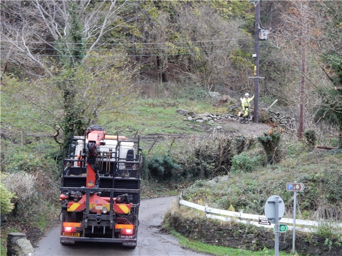 Scottish Power contractors complete the line upgrade from the village to the connection pole 25 November 2015